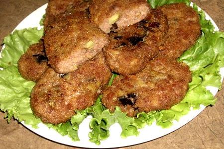 Котлеты из картофеля с баклажаном